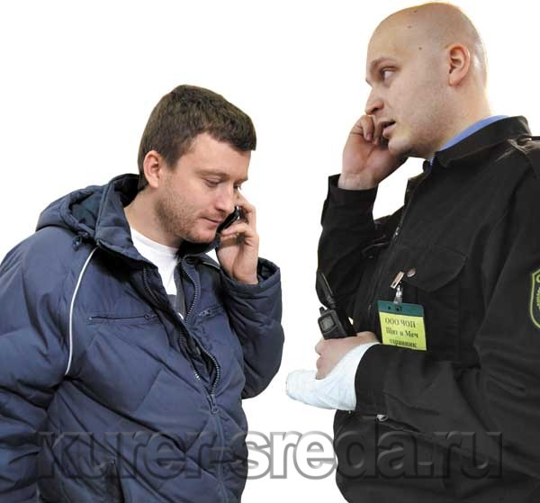 И покупатель Павел Смоляков, и сотрудник ЧОПа Марк Ходячий оставили заявления в полиции и намерены подать друг на друга судебные иски